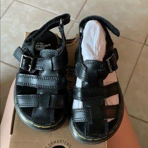 Dr martens toddler shoes size US 6